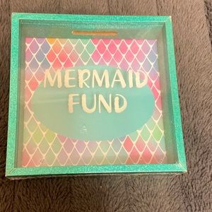 """""""Mermaid Fund""""piggy bank.Brand New.Front is glass."""
